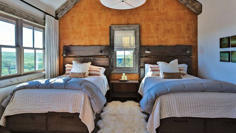 277-Old-Armington-Rd-Lucky-Man-print-039-16-Bedroom-2-4200x2801-300dpi_8542_2019-10-28_10-39
